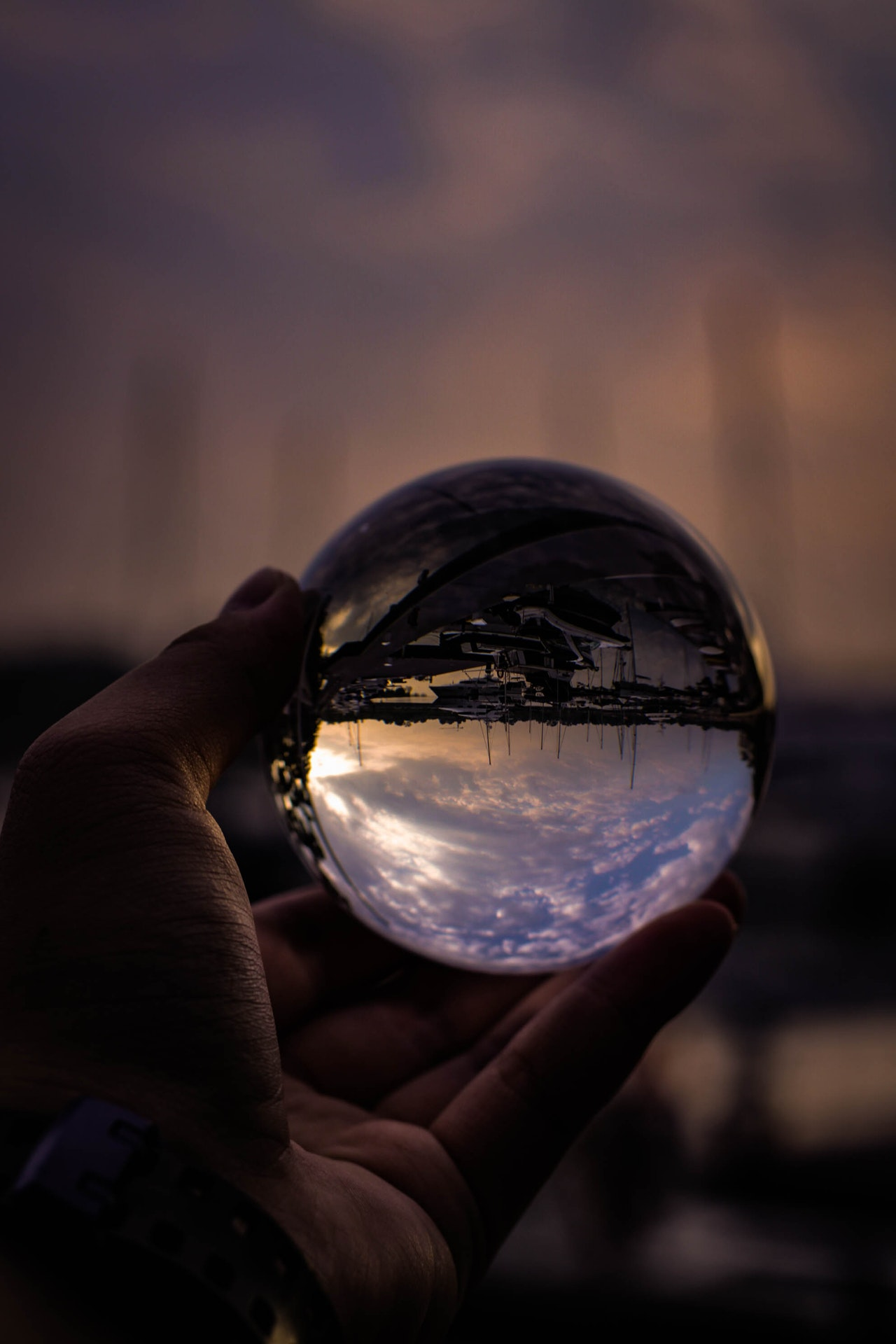 Psychic reading that works using a ball